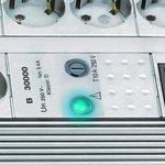 Protector de sobretensión Premium-Line de 8 bandas Duo gris claro 3m